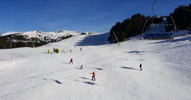 Grandvalira blue ski slope